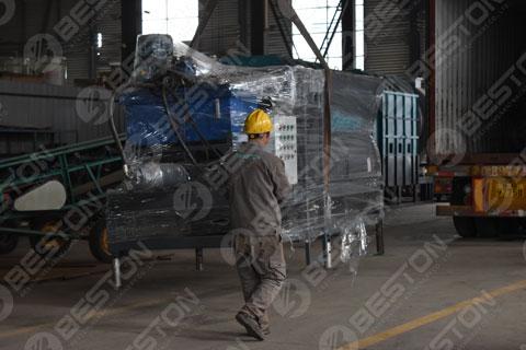 Feeder of Pyrolysis Machine Shipped to Saudi Arabia
